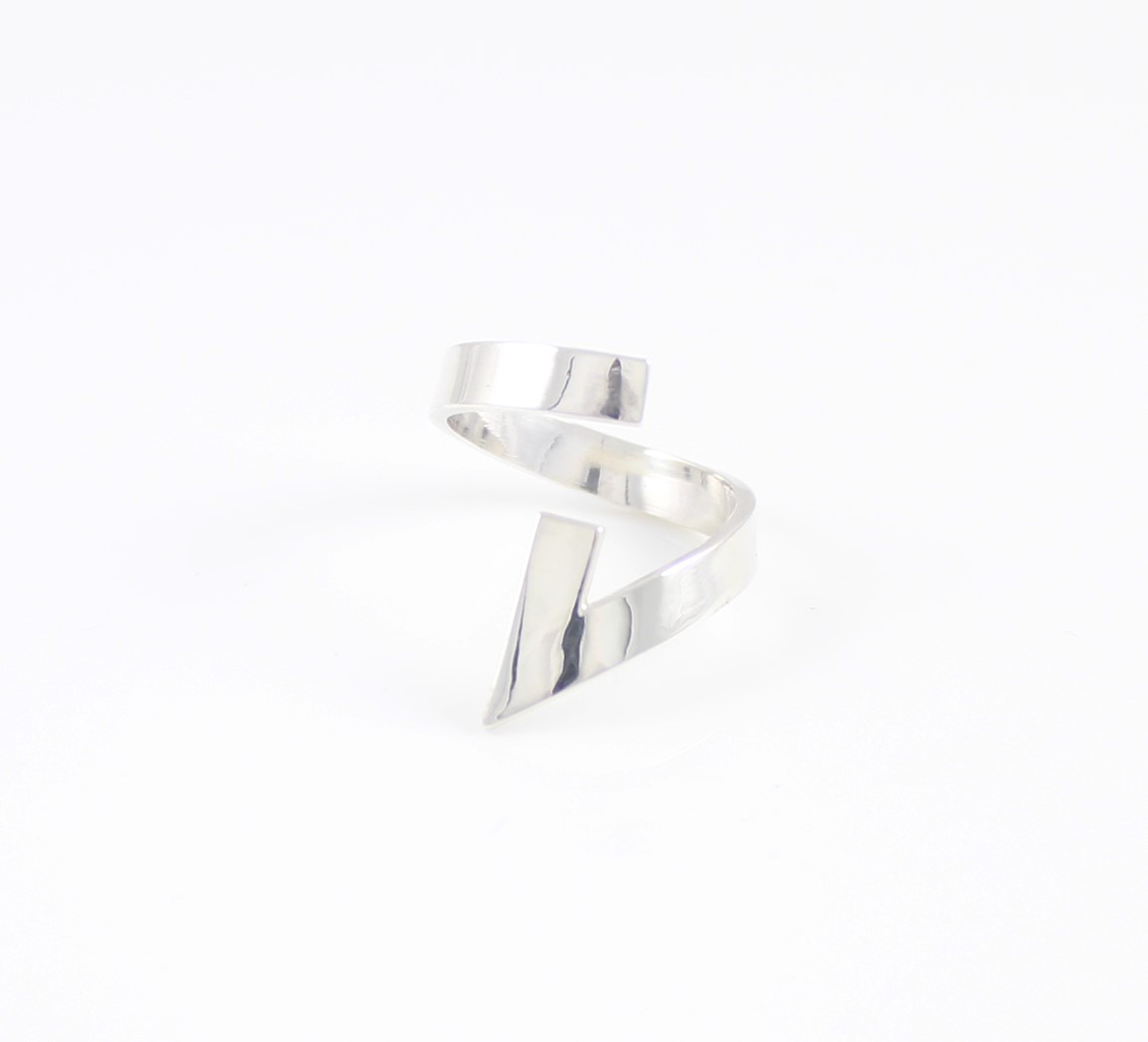 lt03-silver-triangle-ring_7